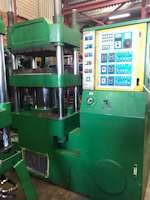 +- 200Ton Hydraulic 4-Pillar Press (6377)