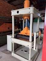 100 Ton Hydraulic 4-Pillar Press (11224)
